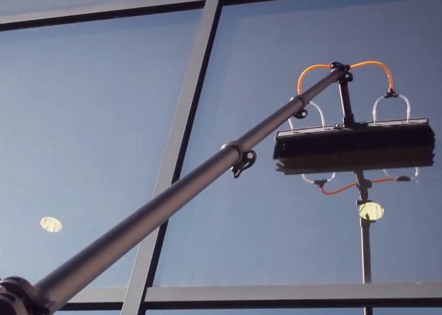 Pulizia vetri e vetrate con osmosi inversa
